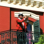Jazzman sur un balcon